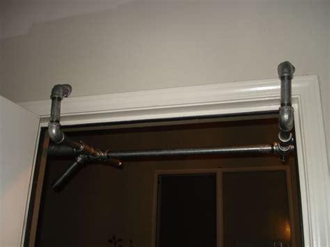 wide door pull up bar no screws or holes pull up bar door