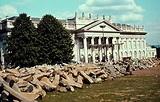 7000 Oaks | Monumentalism