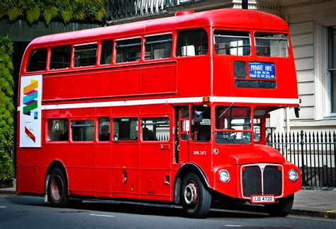 london red bus  hyde park corner england