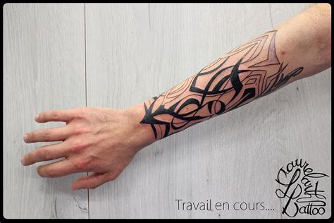 laurelarth tattoo tatouage tribal avant bras villefranche
