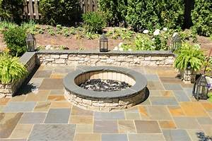 Lake forest il blue stone patio with a pergola and fire pit for Blue stone patio with fire pit