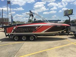 Malibu Wakesetter 25 Lsv 2004 For Sale For  10 000