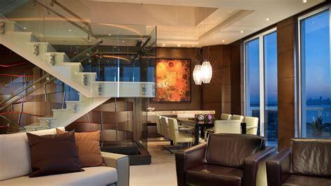 Akoya Mayor Residence Stunning Modern Penthouse In Miami