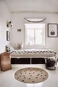 Raffrollo Kinderzimmer Junge : wohnidee raffrollo skandinavische kinderzimmer kinder ~ A.2002-acura-tl-radio.info Haus und Dekorationen