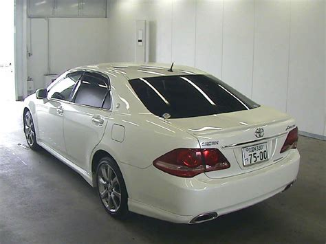 toyota crown athlete japanese  cars auction