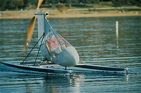 Man Powered Hydrofoil Boat by Decavitator