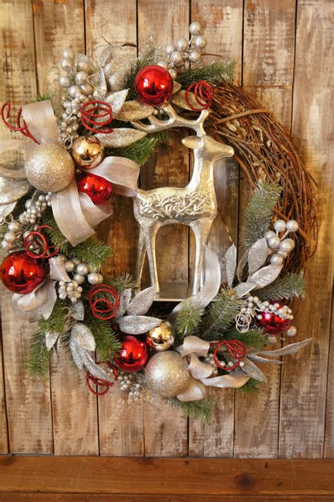 awesome christmas wreaths ideas   types  decor