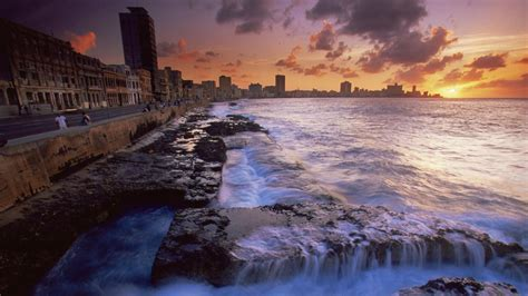 Free Download The Malecon Havana Cuba Robert Harding Picture Library 1366x768 For Your Desktop