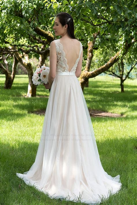 light champagne summer wedding dress