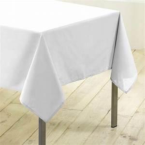 Nappe De Table Rectangulaire : nappe rectangulaire l250 cm gamme essentiel blanc nappe de table eminza ~ Teatrodelosmanantiales.com Idées de Décoration