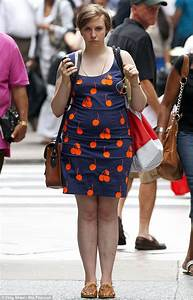 Lena Dunham stands out in cute printed dress as she films ...