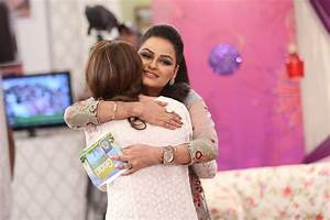 Javeria Abbasi replaced Nida Yasir in Good Morning Pakistan