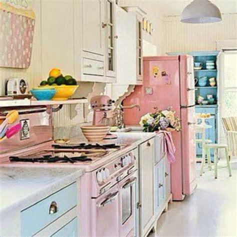 kitsch kitchen accessories kitschy kitchen decor home decorating ideas 3582