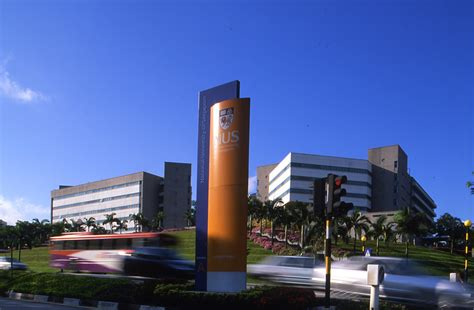 top   universities  singapore international