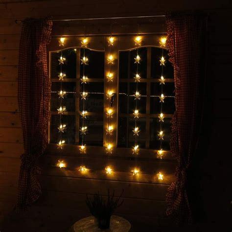 Weihnachtsdeko Fenster Mit Beleuchtung by Weihnachtslichterkette Mit Sternen Als Dekoration F 252 R