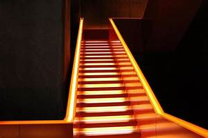 Treppen Led Beleuchtung : 26 best images about treppen on pinterest wombat hamburg and house ~ Markanthonyermac.com Haus und Dekorationen