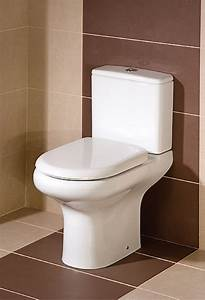 Compact Close Coupled Wc With Soft Close Seat