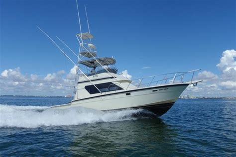 Fishing Boat For Rent Miami by Key Biscayne Boat Or Catamaran Rental Sailo Boat And