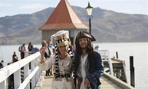 So The World's First Pastafarian Wedding Happened - Geekologie
