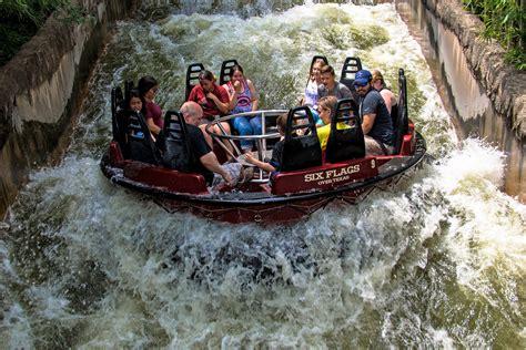 roaring rapids  flags  texas