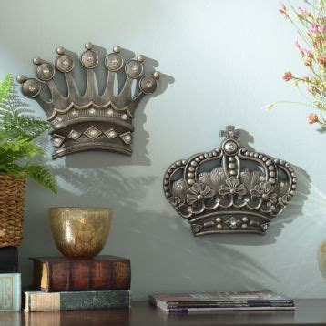 hisher crown silver jeweled wall plaque set   item