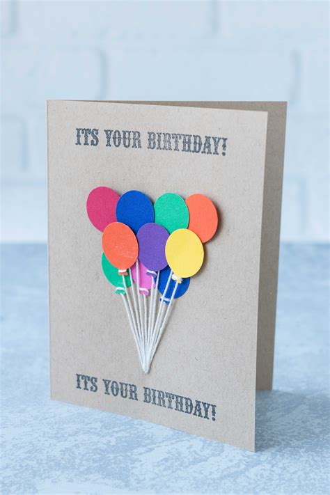 These watercolor cards are amazing for personalizing any gift. 10 Simple DIY Birthday Cards-11 A • Rose Clearfield