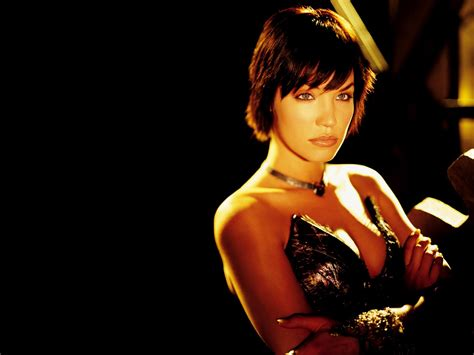 Ashley Scott Hot Pictures, Photo Gallery & Wallpapers