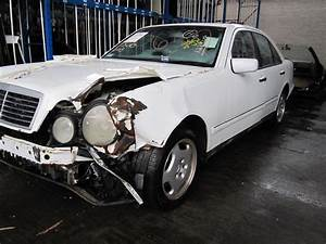 Parting Out 1998 Mercedes E430 - Stock   100652
