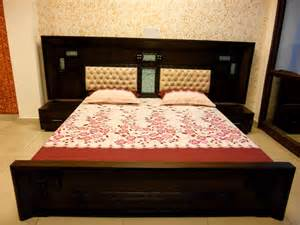 beautiful indian home interiors bed room set manufacturer furniture shop in kolkata