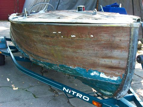 Century Sea Maid Boats by 1939 Century Sea Maid 16 4400 The Wooden Runabout Company