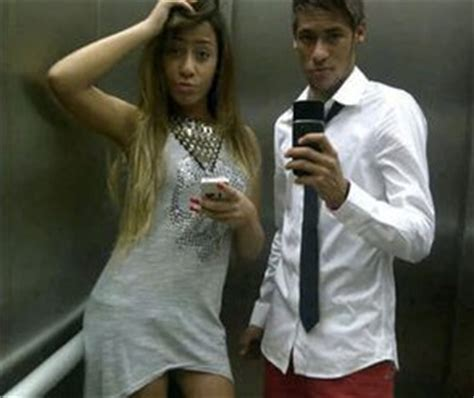 neymars sister  insanely fit pictures