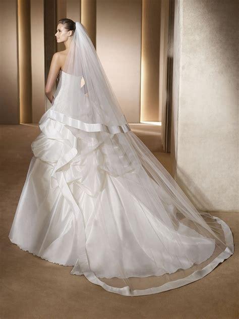 Véu de Noiva com Duas Camadas   Peguei o Bouquet