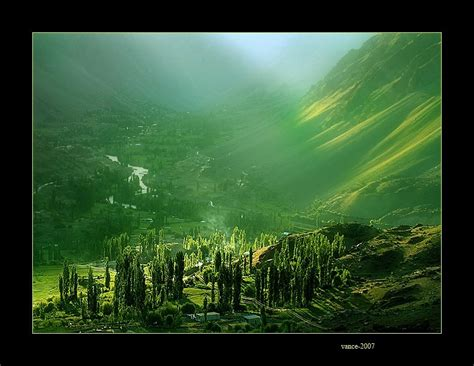 Artistic Nature Wallpaper by Picturespool Artistic Pictures Nature Wallpapers