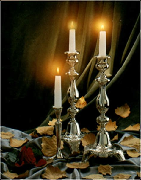 shabbat candle lighting the shabbat candles friends of refugees of eastern europe