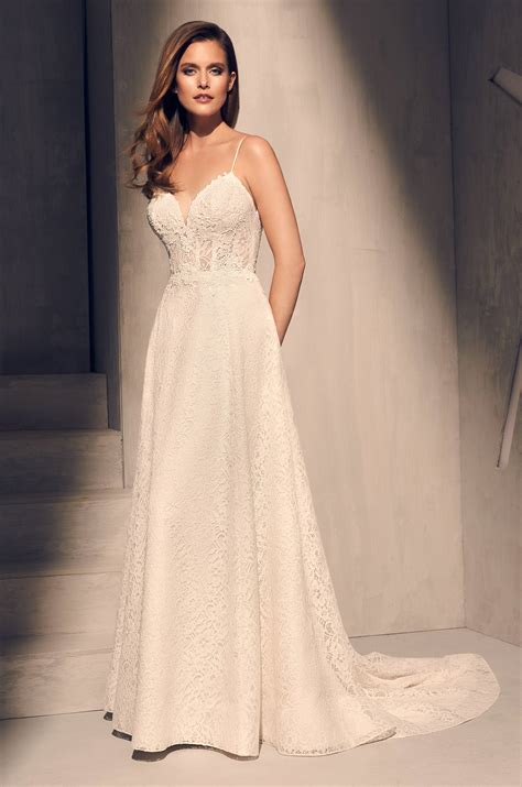 spaghetti strap lace bodice a line wedding dress