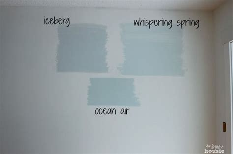 refreshing  living room  paint  great trick