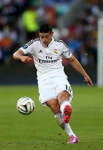 James Rodriguez in Real Madrid v Sevilla FC - Zimbio