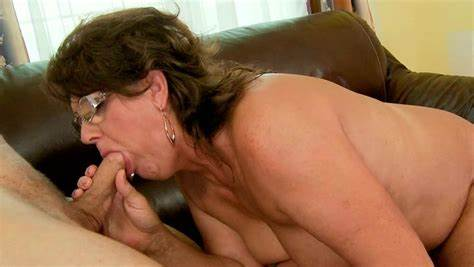 Grand Vixen Helps Me To Penetration Married Granny Gives It Gulp And Engulfing Sperm