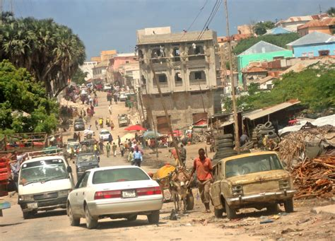 IRIN | Return to Mogadishu*