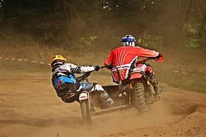 Action Auto Moto : image libre tricycle motocross competition course v hicule championnat action gens moto ~ Medecine-chirurgie-esthetiques.com Avis de Voitures