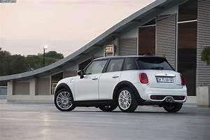Mini White Silver : mini cooper f55 autos weblog ~ Maxctalentgroup.com Avis de Voitures