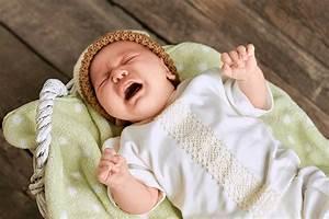 Nicht Einschlafen Können : baby schl ft nicht das kann ich tun babywiege h ngewiege ~ A.2002-acura-tl-radio.info Haus und Dekorationen