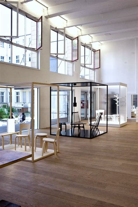 flooring showroom ideas 35 best chairs images on pinterest exhibition display exhibitions and furniture showroom