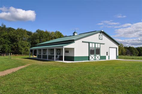 12 Tips For Your Dream Horse Barn