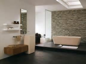 design for small bathroom pietra naturale in bagno idee per il rivestimento bagno