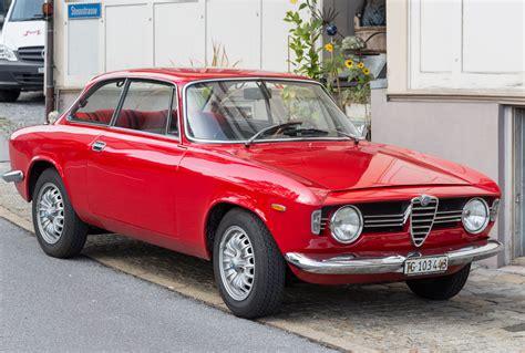Alfa Romeo Giulia Sprint Gt by Datei Alfa Romeo Giulia Sprint Gt Jpg