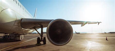 passagers visiteurs a 233 roport marseille provence