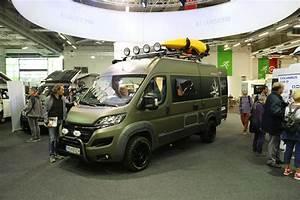 Le Camping Car : salon des v hicules de loisirs la star c 39 est le camping car ~ Medecine-chirurgie-esthetiques.com Avis de Voitures
