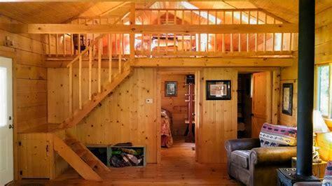 Chestnut Hill 2 Bedroom Log Cabin   Iowa Cabin Rentals