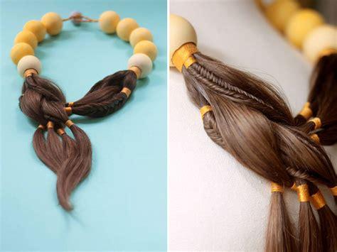 stunning jewellery   hair  women undergoing